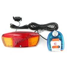 Задний фонарь с поворотниками и сигналом
